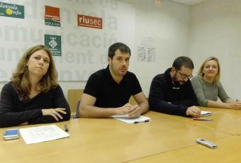 D'esquerra a dreta: Helana solà, portaveu ERC, Carles Escolà, Alcalde, Daniel Mallén, regidor Serveis Econòmics, i Contxi Haro, portaveu de CxC