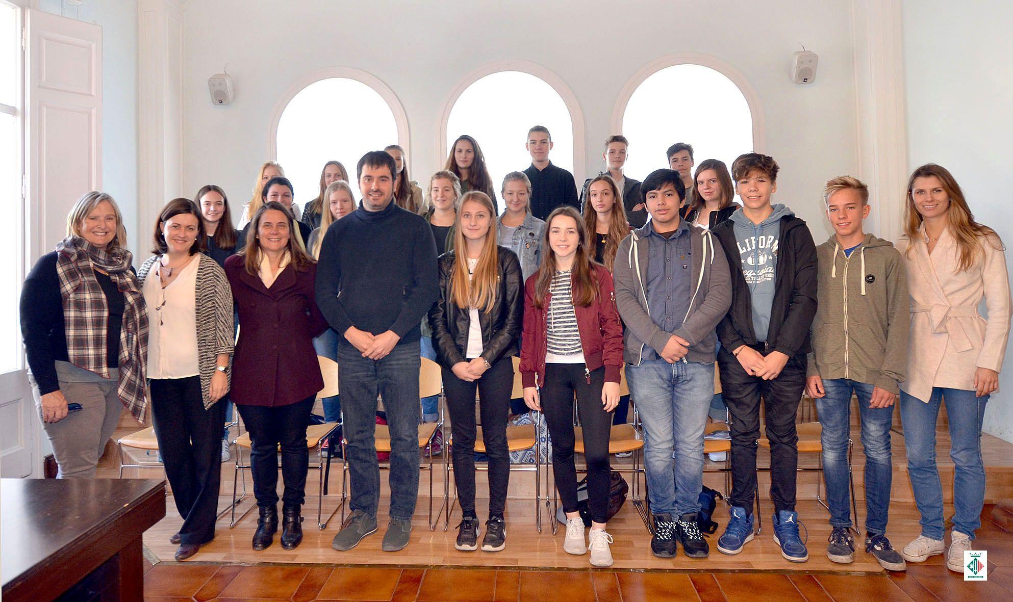 Foto de família de la recepció de l'alumnat alemany