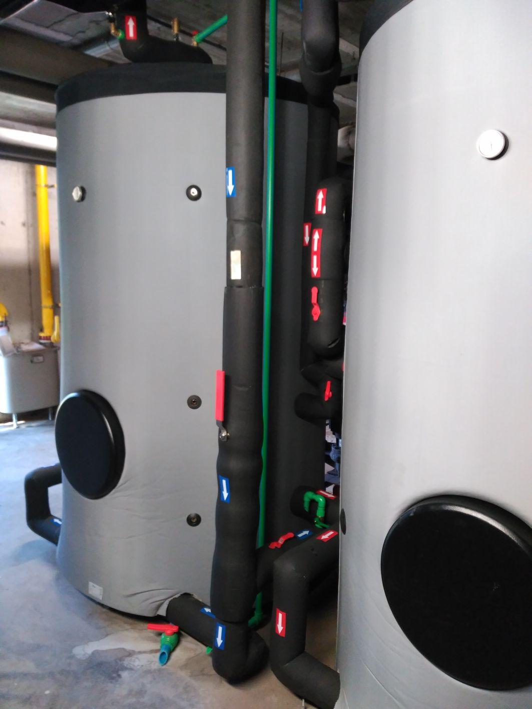 Imatge dels acumuladors instal·lats a Guiera