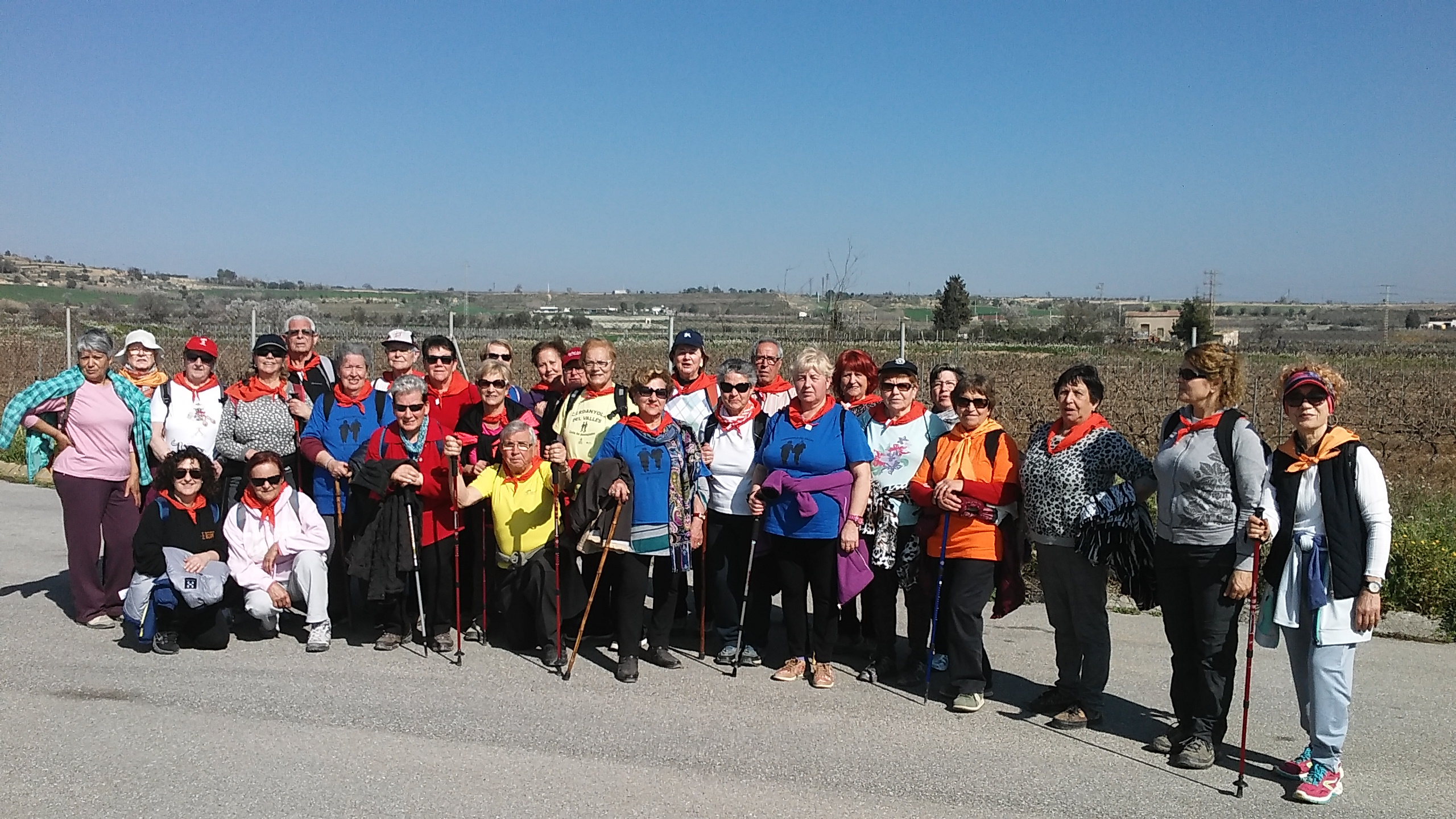 Foto de grup de la passejada celebrada a Vilafranca del Penedès