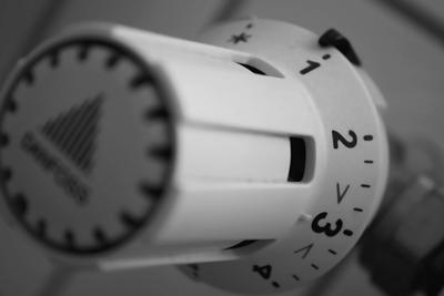 Termòmetre baix per precarietat energètica