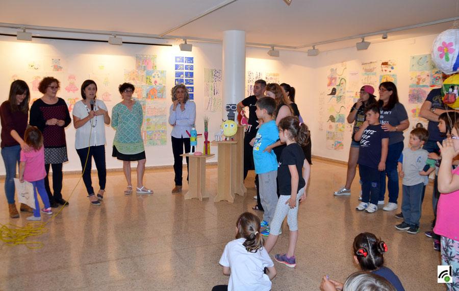 Un moment de la inauguració de la mostra