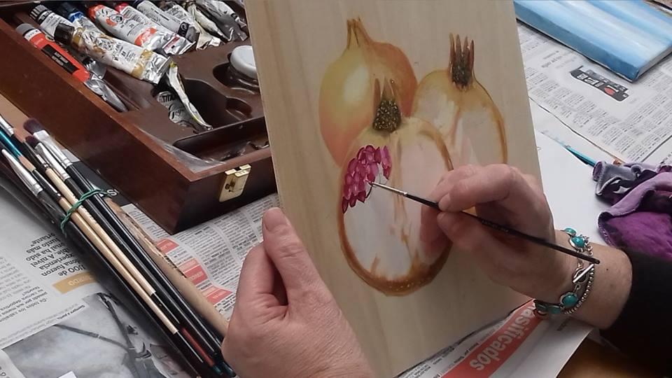 L'alumnat adult de l'Escola d'Arts Plàstiques de l'Ateneu exposa els seus treballs