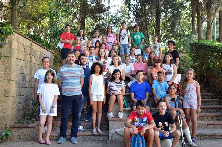 Foto de grup dels membres del CIAC amb el batlle Carles Escolà  i el regidor Ivan González