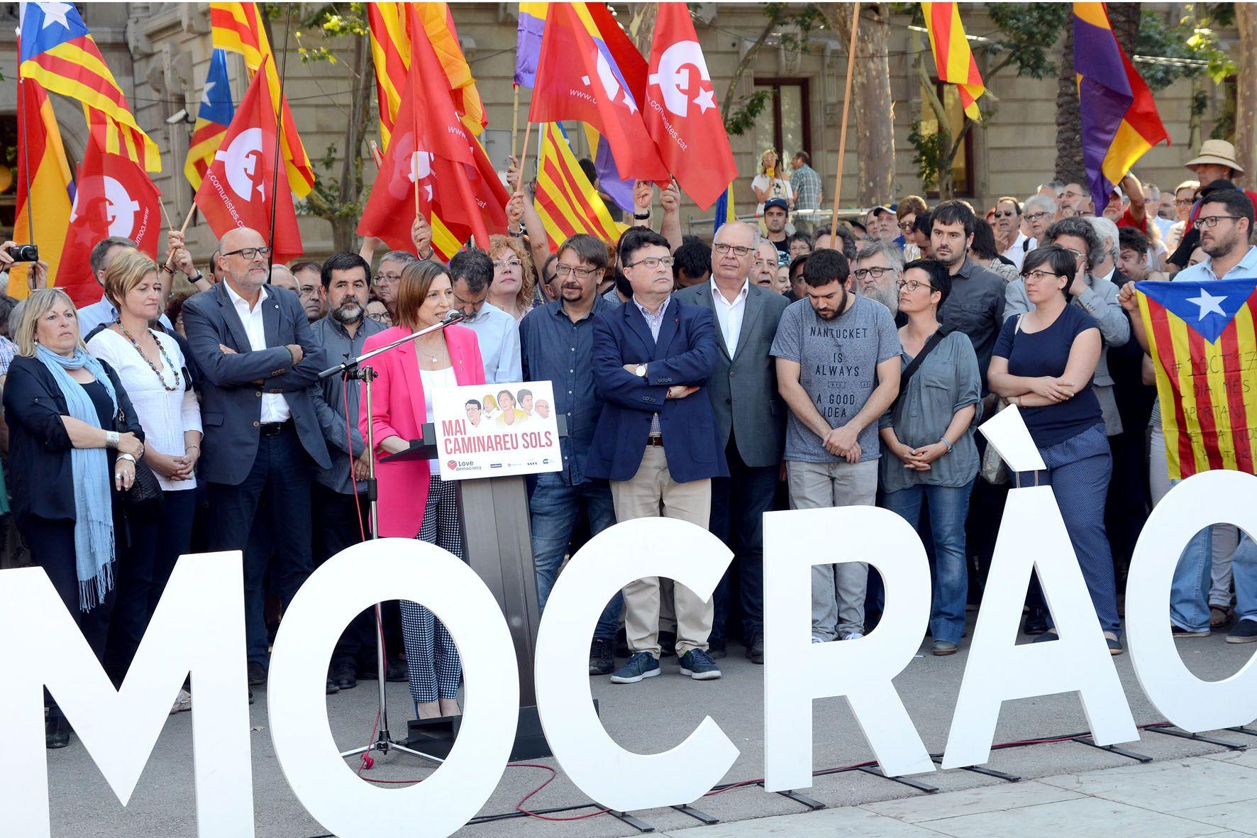 L'alcalde Carles Escolà ha fet costat al diputat Joan Josep Nuet