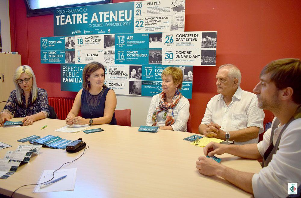 Imma Gamo, elvi Vila, Rosa Maria Soler, Jordi Mena i Raül Llopart (d'esquerra a dreta) durant la presentació