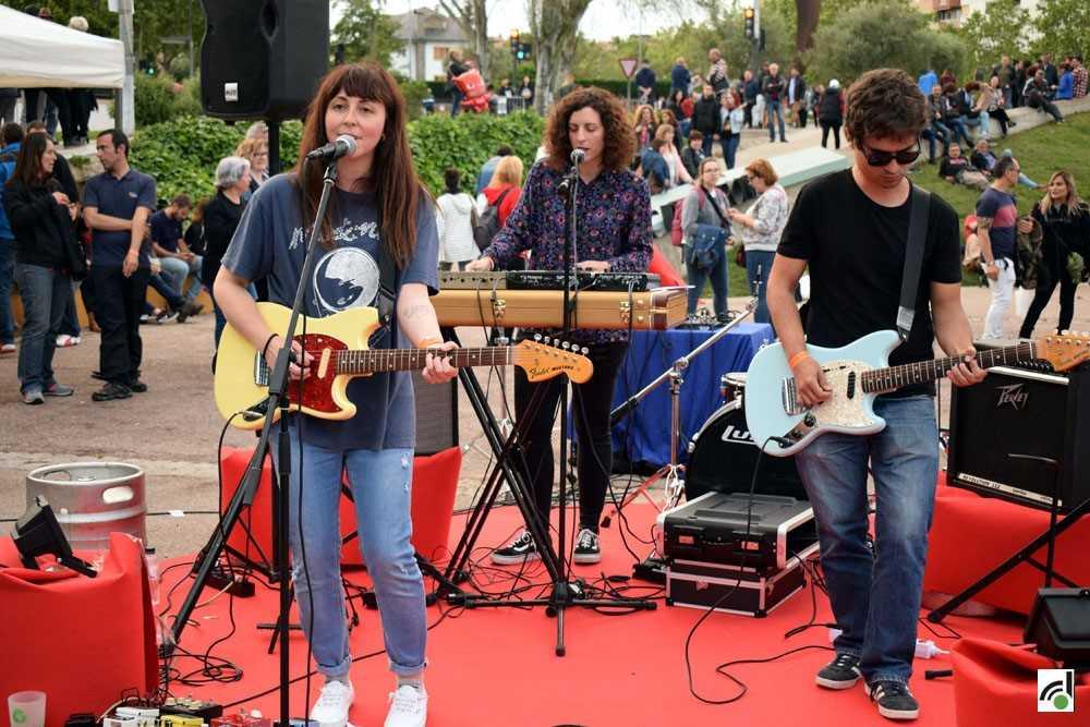 Actuació del Festival Amic Amiant en la darrera festa major
