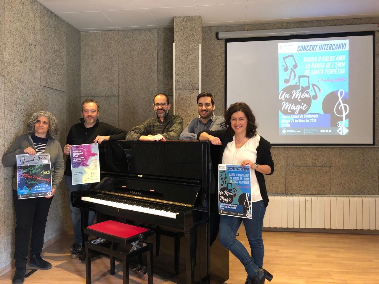 Presentació de la setmana cultural d'Aulos (d'esquerra a dreta: Raquel Prat, Pero Pardo, Marc Canelles, Àlex Gimeno i Elvi Vila)