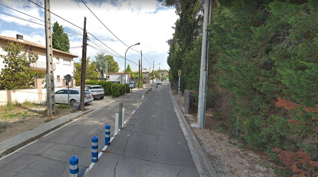 Camí antic de Sant Cugat - Google Maps