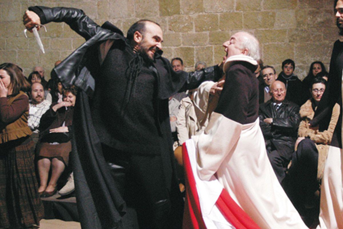 La representació de Pedra i sang es fa a la sala capitular del Monestir de Sant Cugat