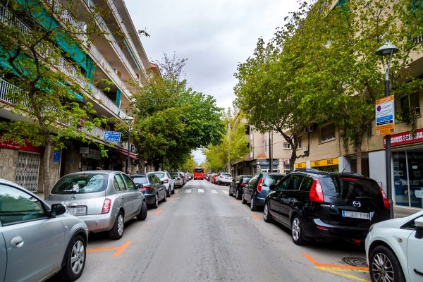 El passeig de Cordelles és una de les zones més sol·licitades per estacionar en zona taronja