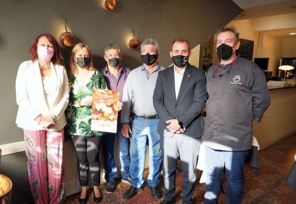 Participants a la presentació de les XV Jornades Gastronòmiques del Bolet