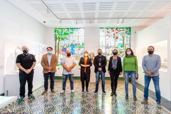 D'esquerra de dreta: Txema Romero, Albert Turón, Oscar Pons, Natalia Garriga, Carlos Cordón, Carme Pina, Cecilia Collado i Iñigo G. Enterria