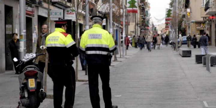Patrulla conjunta Mossos d'Esquadra - Policia Local. Foto arxiu.