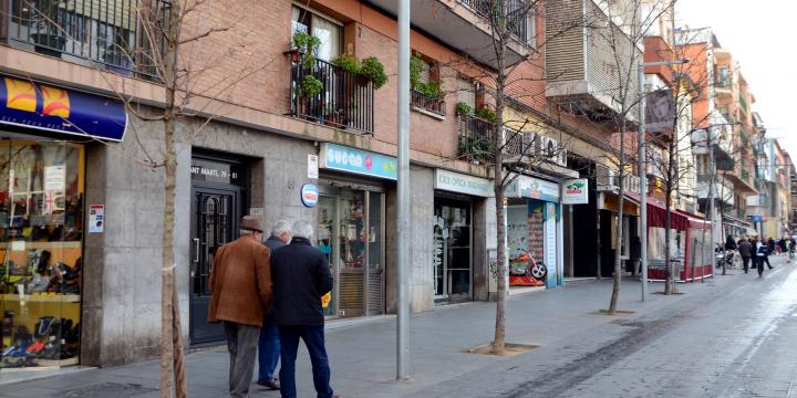 Comerç del carrer de Sant Martí. Arxiu www.cerdanyola.info