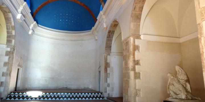 Interior de l'Església Vella de Sant Martí