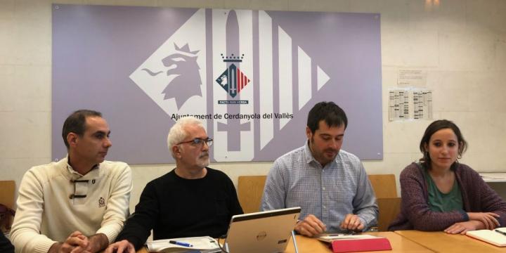 L'alcalde, la regidora de Transparència i Bon Govern i els tècnics municipals que han elaborat l'ePAM