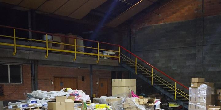 Interior del magatzem de la brigada