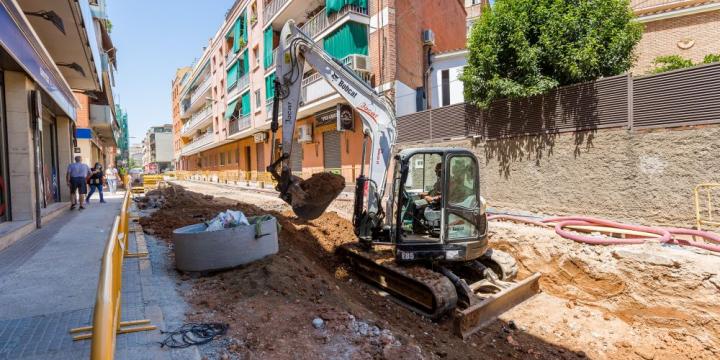 Fotografia de les obres del segon tram entre carrers Sant Antoni i Sant Daniel