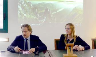 Lluís Sisquella i Contxi Haro durant la presentació de la VI NIt Cerdanyola Empresarial