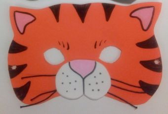 Màscara de gat fet amb escuma Eva