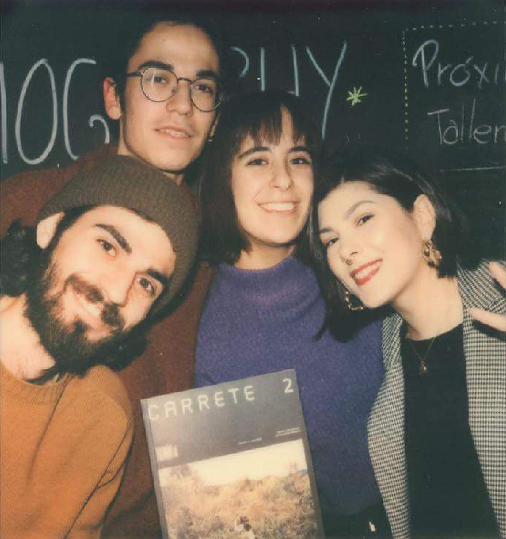 El grup impulsor de Carrete. Retrat en Polaroid per Joaquin de Prada.