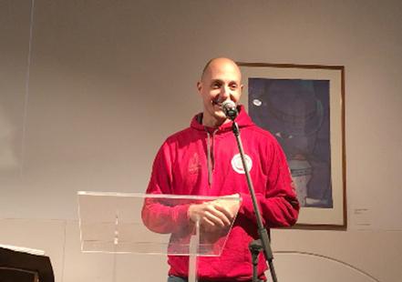 Albert Roma durant el lliurament del Premi Solidari. Foto: cerdanyola.info