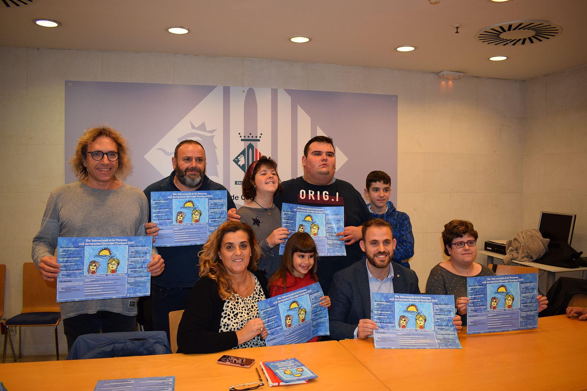 Foto de grup dels participants a la roda de premsa