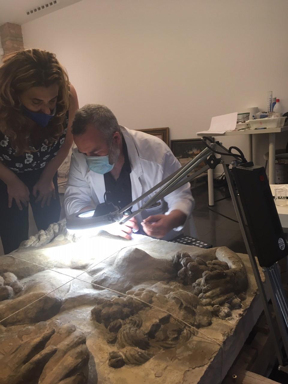 Pepi River s'ha interessat per la feina de Jèrôme Rouch que ha reprès les tasques de restauració