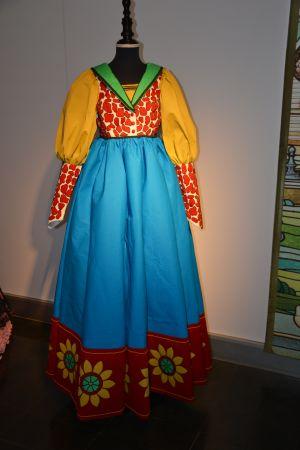 foto d'un vestit de paper fet per Josefina Xufré