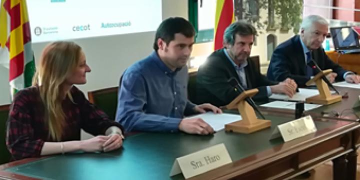 Contxi Haro, Carles Escolà, Leandre Mayola i Antoni Abat durant l'acte