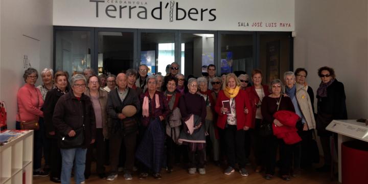 Visita d'un grup de Gent Gran del Raval al Museu i poblat de ca n'Oliver
