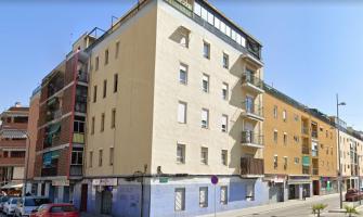 Bloc de pisos barri Banús